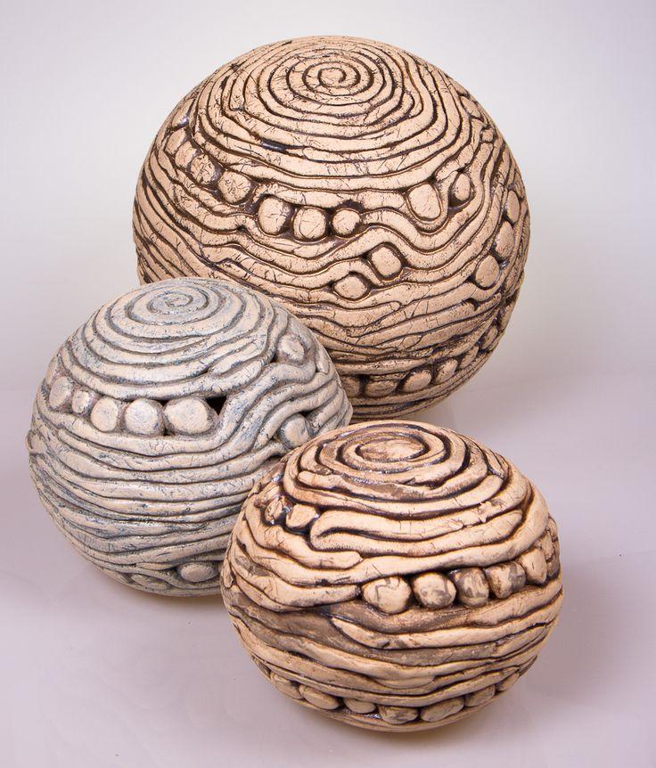 Ceramic spheres