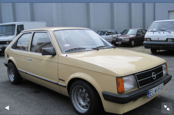 1985? Beige Opel Kadett. This was such st1t I can't believe there is still a pic of one!