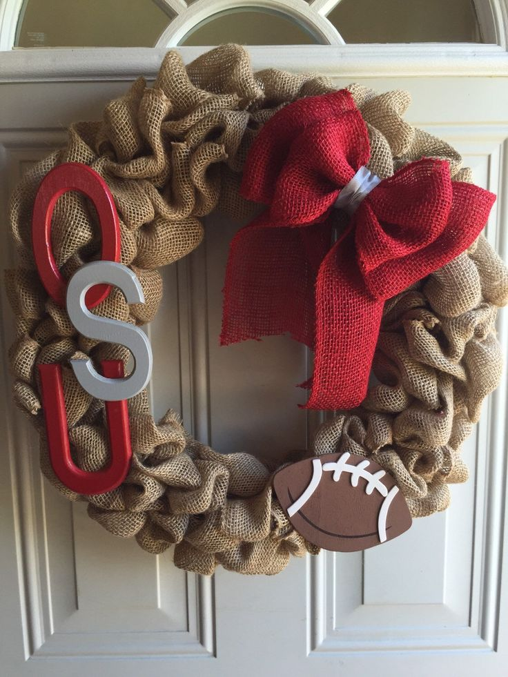 Ohio state university burlap wreath/ sports wreath/football wreat/ college football wreath/ summer and winter wreath by TriciaMaeHangtime on Etsy https://www.etsy.com/listing/229661782/ohio-state-university-burlap-wreath