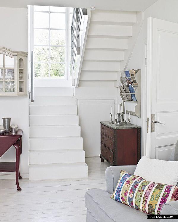 Stunning Scandinavian Summer House Interior | Afflante.com
