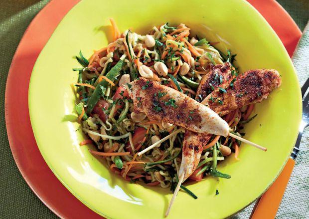 Squashsalat med kyllingespid