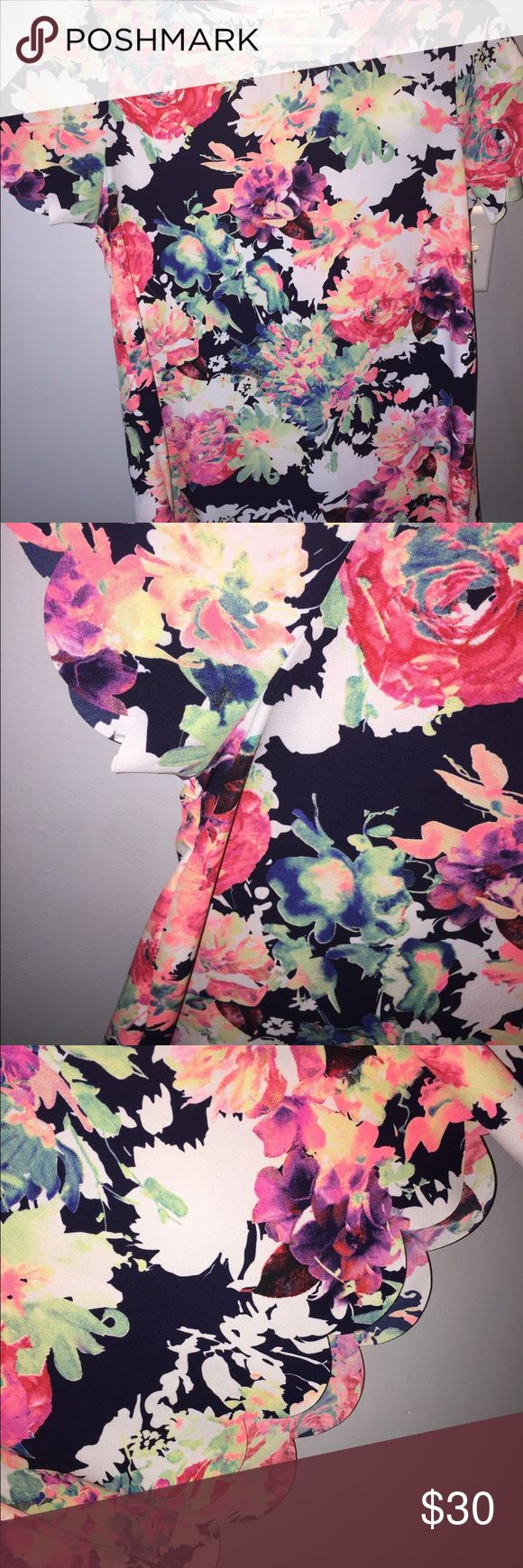 floral scallop top never worn !! from Dottie Couture. super cute for spring and summer (very soon!!!!) & looks great w white pants. size small but can fit a medium too! make me an offer!  Tops