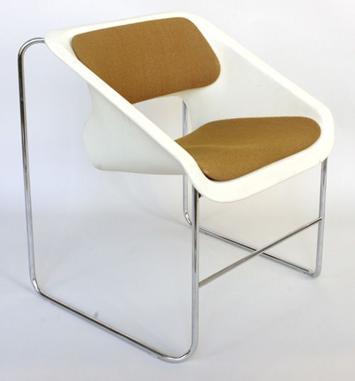 Paul Boulva, Injected-Molded Polypropylene and Steel Tube Lotus Chair, 1976.