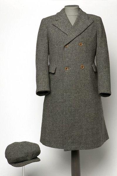1930s boy's coat and cap via Victoria and Albert Museum.