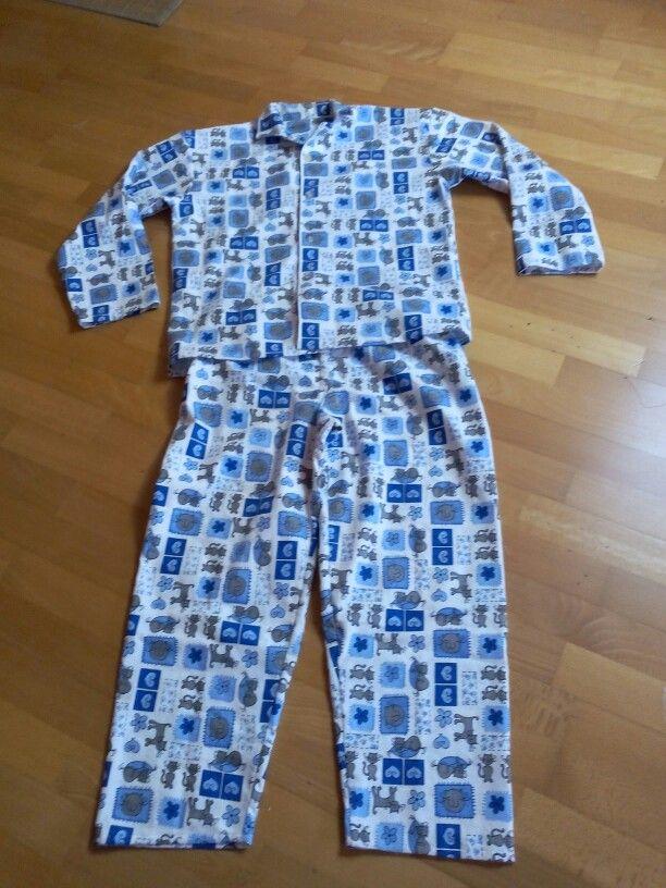 Le pyjama chat