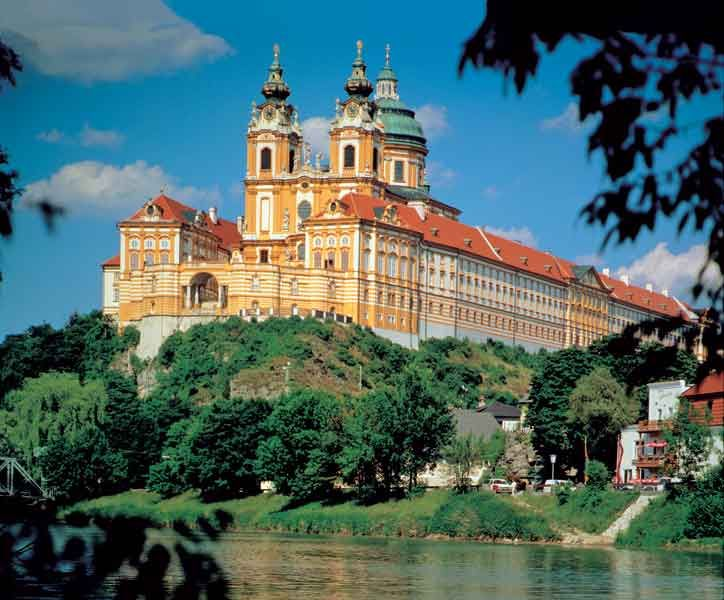 Melk Abbey (Stift Melk): in Melk on a rocky outcrop overlooking the river Danube in Lower Austria, adjoining the Wachau valley