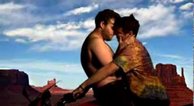 James Franco And Seth Rogen Spoofed The Kanye And Kim Kardashian Music Video - Digg