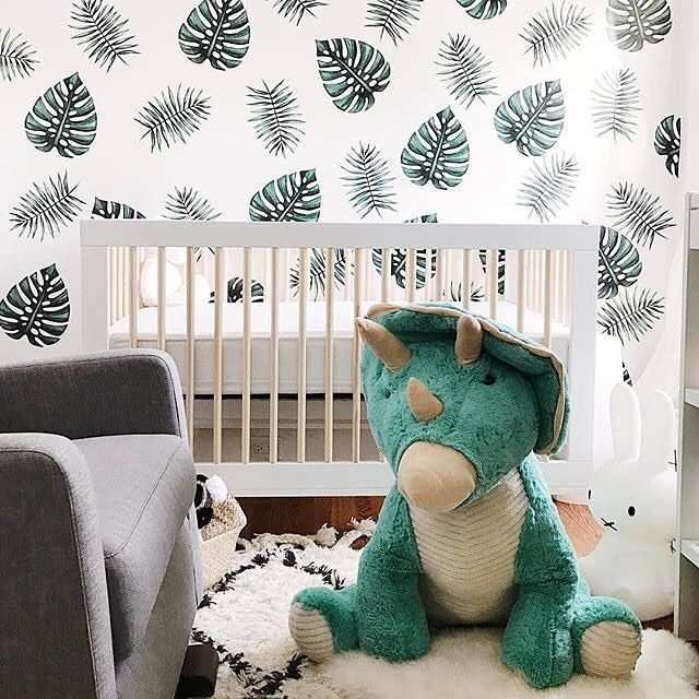 Totally digging the natural colors and overall vibe of this nursery. And that Costco Dino? Yep, we will take all of that, too. (Design by @bluebirdkisses)