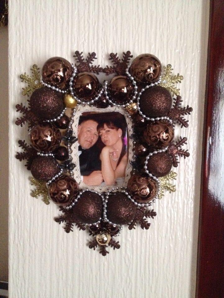 Christmas bauble frame