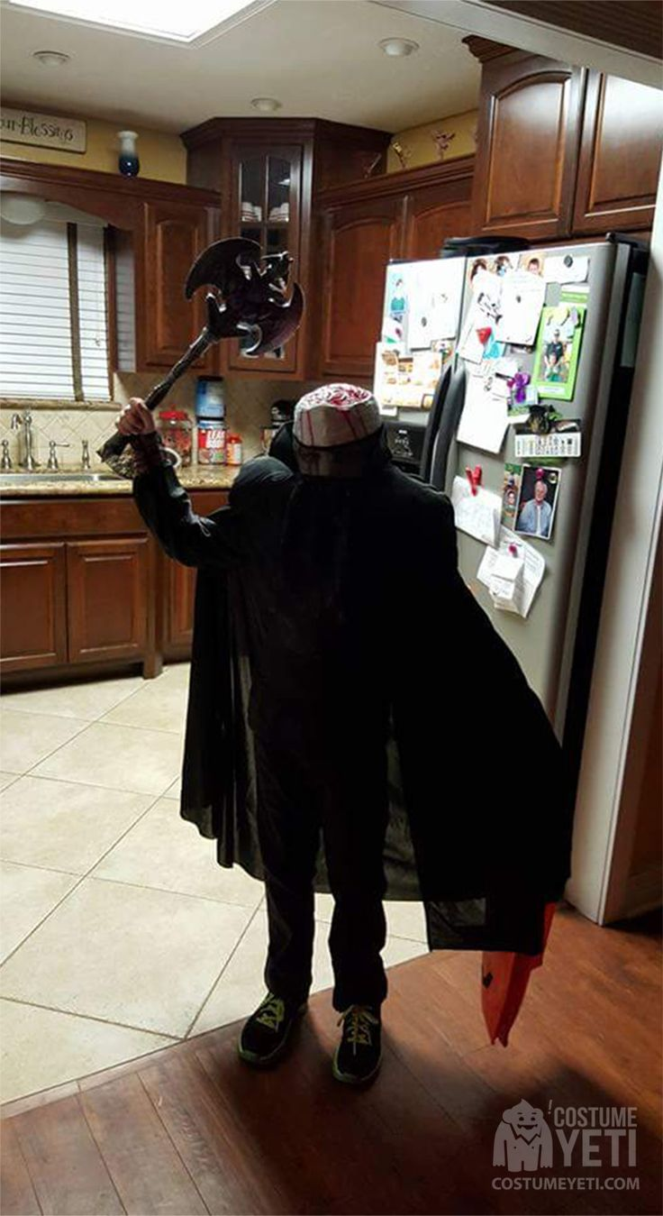 This boys take on the notorious Headless Horseman is spot on. The all black suit makes him look like the decapitated head hunter who has been around for centuries. The stump on top where the head used to be even has fake blood and will fool anyone. Nobody will be safe with this little horseman …