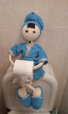 O Estaminé da Xé: Fofucha porta rolo papel higienico azul