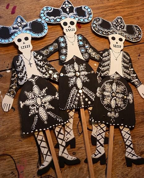 17 best images about day of the dead craft projects on for Day of the dead arts and crafts