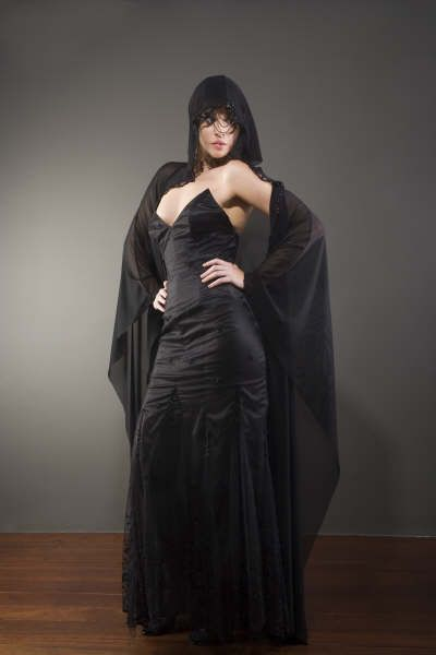 Gothic wedding dress with veil http://www.arcarocouture.com.au