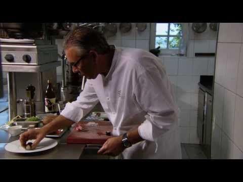 Peter Goossens - Gegrilde kreeft - Hof van Cleve Style - YouTube
