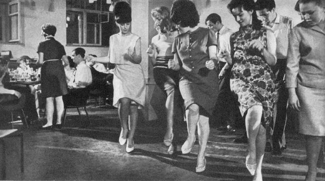 Из телепрограммы  1963 г.