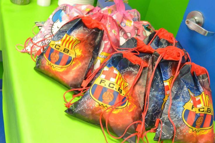 Fc barcelona soccer birthday party ideas parties for Zaful barcelona