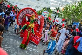 A merry making feast called the Cochin Carnival is celebrated at Fort Kochi every year during the last ten days