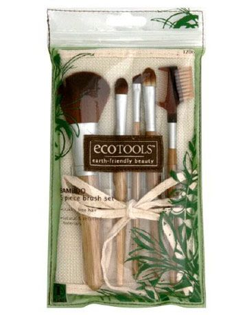 Cruelty Free Makeup Brush Set, I have these and they are far superior to brushes made from animal fur.
