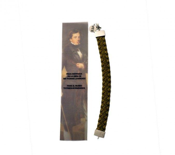Bracelet David Lyon http://tienda.museothyssen.org/es/joyas-complementos/brazalete-caballero-piel-fdc.html