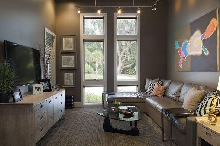 Amanda Webster Design: Classic Contemporary Media Room Interior Design / Photo: Neil Rashba