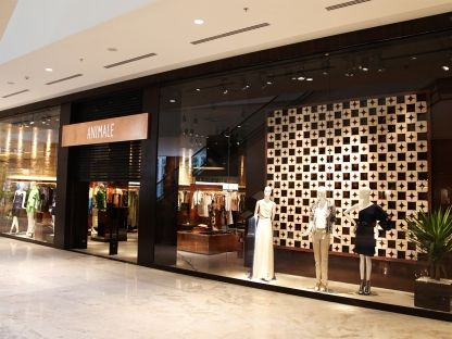 61 best CAMBRIDGE SATCHEL COMPANY Store Interior images on