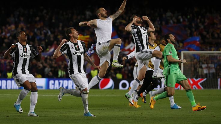 The Spanish full-back, who is currently on loan at Sassuolo, believes  that the Bianconeri are a more balanced side than los Blancos.    ...