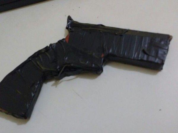 #News  Assaltante de 14 anos é detido pela 15ª vez em Taiobeiras, no Norte de Minas