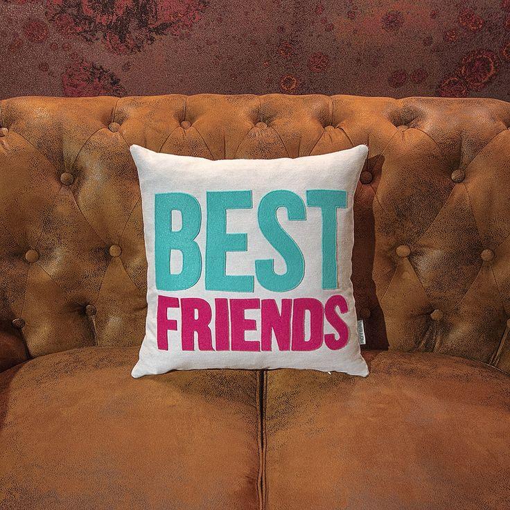 BEST FRIENDS PILLOW -WePillow-