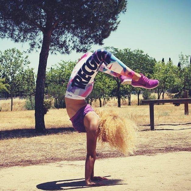 #lion lady :) @alejandra_usc  #motivation #motywacja #instafit #fitspiration #workout #trening #training #ćwiczenia #fit #fitgirl #spanishgirl #fitness #calisthenics #streetworkout #wakacje #holiday #summer #sun #słońce #getfit #gymgirl #fitfreak #handstand #strongisthenewskinny #fitisthenewskinny #girlswholift #liftlikeagirl @trecwear @trecnutrition