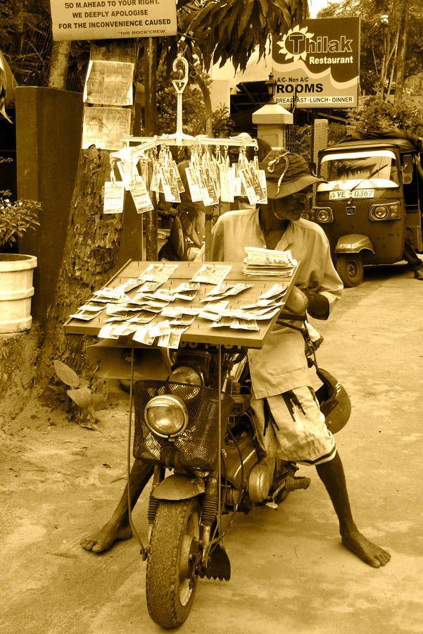 SRI LANKA, Unawatuna | WE ARE 2 PASSENGERS