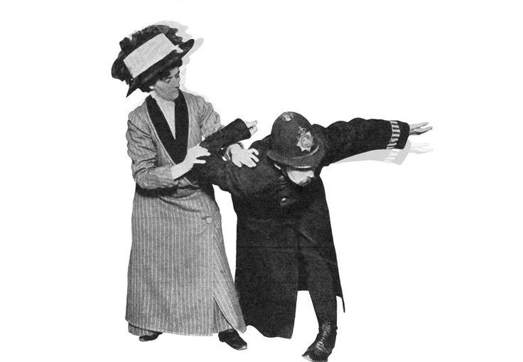 """Kvinners krav om stemmerett provoserte hele Storbritannia. Som vern etablerte feministene kampgruppen """"The Bodyguard"""" som var opplært i jiu-jitsu. Kampen for like rettigheter skulle komme til å kreve menneskeliv."""