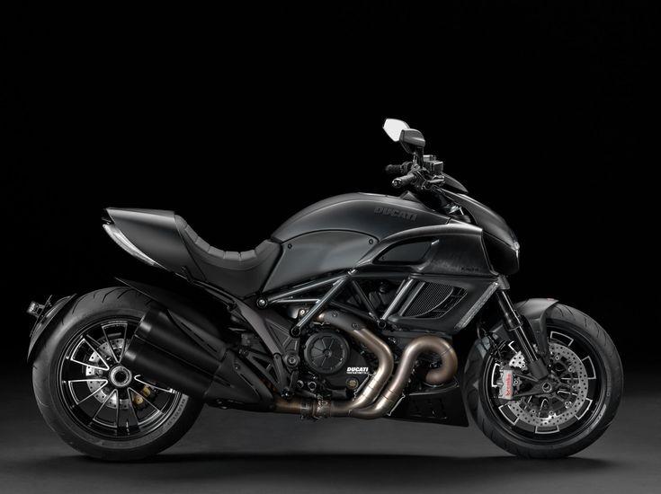 2013-Ducati-Diavel-Dark.jpg (2000×1497)