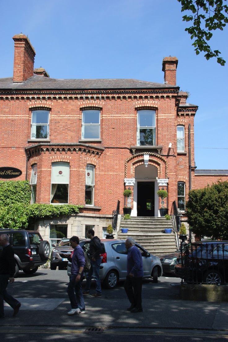 Brick House Addition In Dublin: How Elegant Does Our Red Brick Look In The Dublin Sunshine! This Is Ariel House, A Nice B&B In