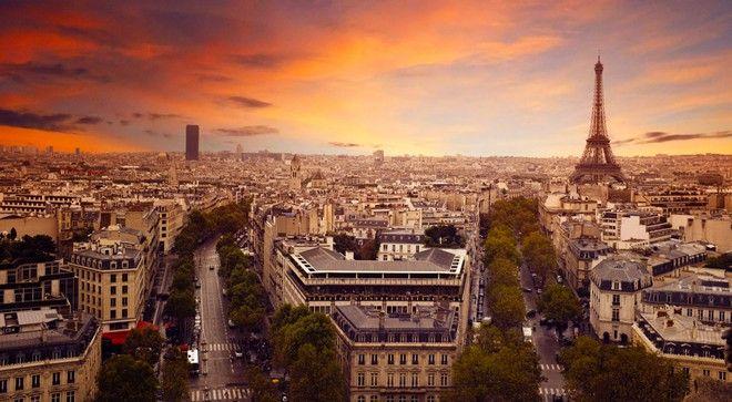 Nasajte magickou atmosféru francouzské metropole v tom nejkrásnějším období. Esprit, šarm, voňavé bagety a sýry, překrásné památky. A zbytek je jen na vás!