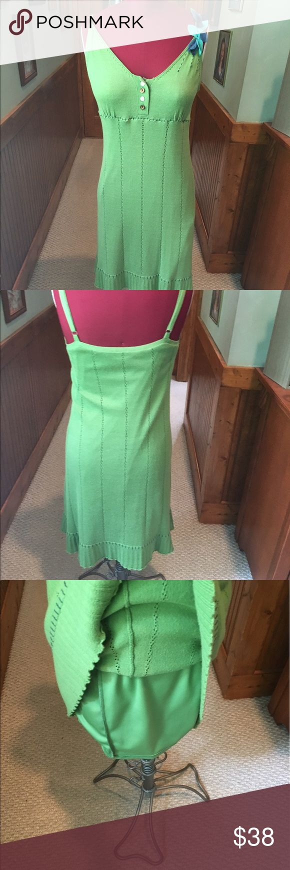 Anthropologie Nick& Mo green sweater dress small Gorgeous color green .. pretty accent on one shoulder .. light weight knit.. knee length nick & mo Dresses Midi