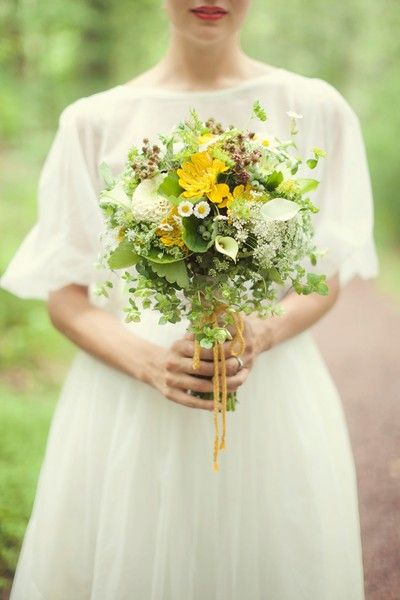 Queen Anne's Lace on WeddingWire