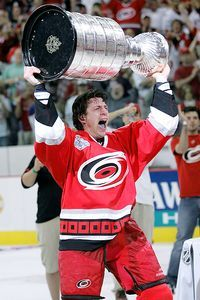 Rod Brind'Amour one of the greastest players of all time! And my first hockey love.