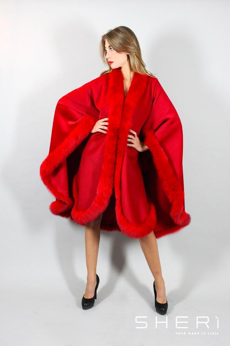 IT: Monica - Mantella kashmir + volpe rosso - Codice: 1022 EN: Monica - cashmere cape – red fox - Code: 1022 RU: Monica - кашимировая накидка + красная лиса - код: 1022 #sherì #pellicce #madeinitaly #fur #fashion #trend #style #kashmir #fox #volpe #dress #clothes #handmade #red #moda #winter
