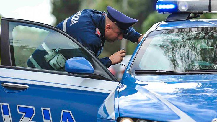 Ambulante aggredisce i poliziotti e minaccia di darsi fuoco - http://www.canalesicilia.it/ambulante-aggredisce-poliziotti-minaccia-darsi-fuoco/ aggressione poliziotto, Ambulante, Catania
