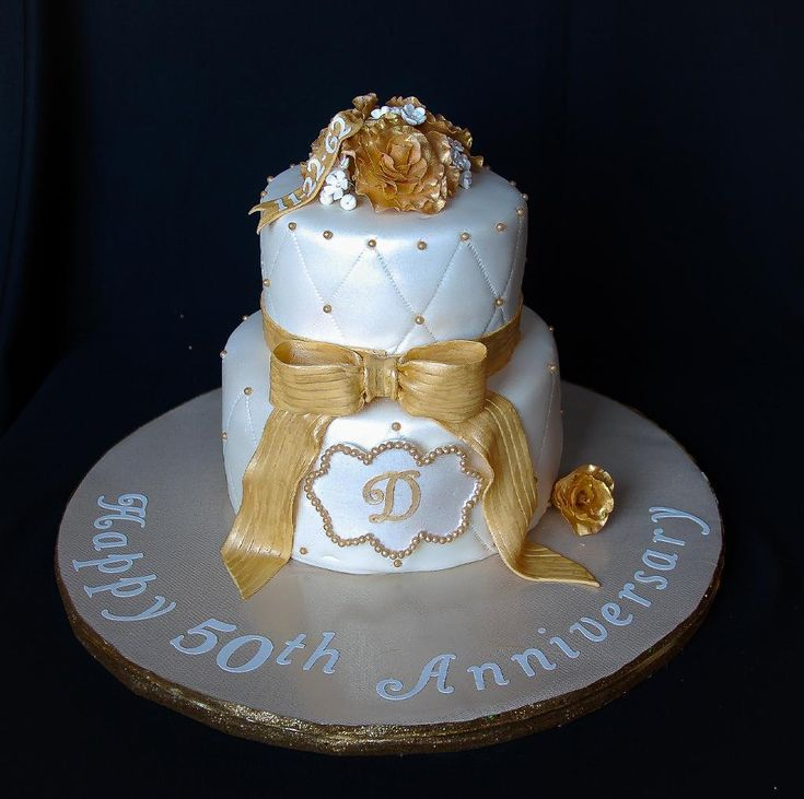 Cake Decorating Wedding Anniversary : 49 best images about 50th anniversary cakes on Pinterest ...