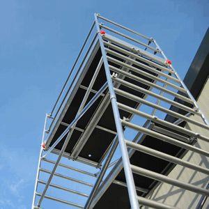 Aluminium rolsteiger 135 x 250 x 835 cm steigerhoogte, andere afmetingen ook leverbaar!.