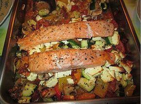 Low Carb Lachs mit Ofengemüse, ein schönes Rezept aus der Kategorie Gemüse. B…