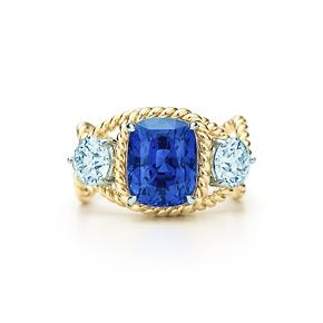 Jean Schlumberger Rope Ring with an unenhanced sapphire in 18k gold.