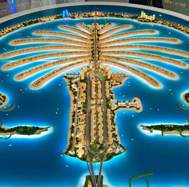 #SabíasQue La Palmera de Jumeirah, ubicada en Dubái, está formada por islas artificiales compuesta por 17 ramas y un semicírculo que actúa como rompeolas.   #Dubái #PhotoOfTheDay  #Arquitectura #EmiratosÁrabes #History #Great #Awesome #GrupoLarMéxico #Construction #ElPoderDeCrear #Technosphere