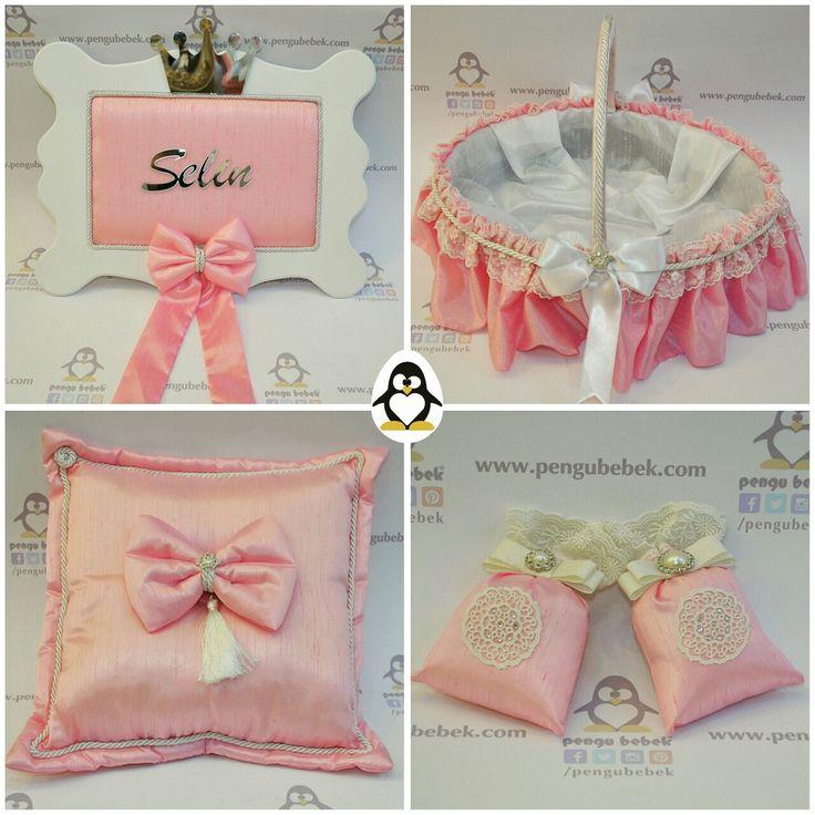 Şantuk kumaş fiyonklu bebek kapı süsü, bebek şeker sepeti, bebek takı yastığı ve kese bebek şekerleri set. pengubebek.com ' da