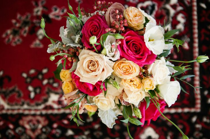 Awesome bridal bouquet - Flowers by Lorey