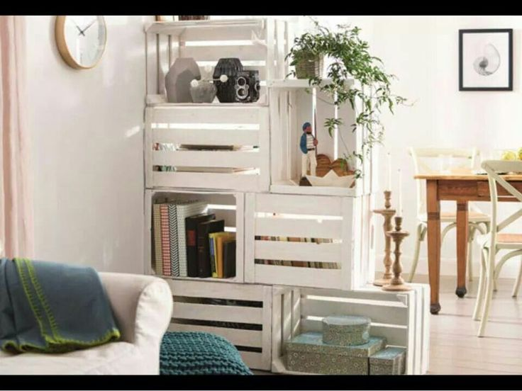 Do It Yourself Home Design: Corner Shelves Made Out Of Wooden Crates