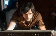 Jobs | Assista ao novo trailer da cinebiografia com Ashton Kutcher > Cinema | Omelete