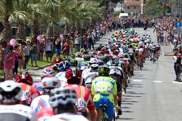 L'Italie fête le Giro - © Ansa/Dal Zennaro   Toute reproduction, même partielle, sans autorisation, est strictement interdite. Après deux jours de réunion à Barcelone, l'UCI et les parties prenantes du cyclisme sur route professionnel masculin se sont...