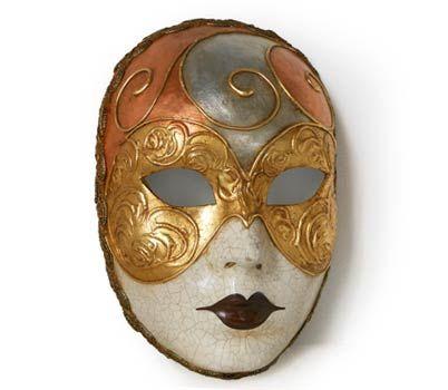 Volto decorato Mask | Maschera realizzata interamente a mano in cartapesta. Finemente decorata con stucco e colori acrili. Impreziosita dalla tecnica della screpolatura.